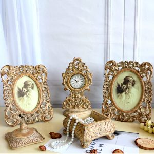 victorian style photo frame set